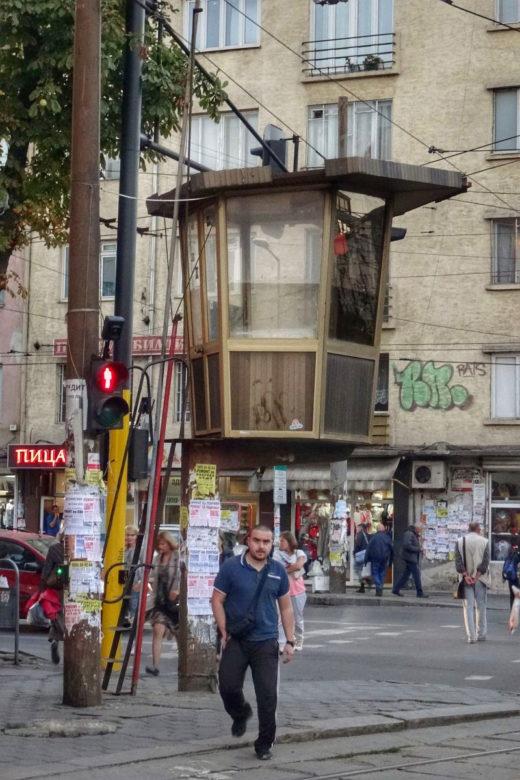 sonderbarer Hochsitz in Sofia