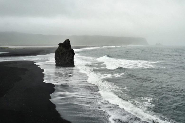 Island Reynisfjara Trollfrau