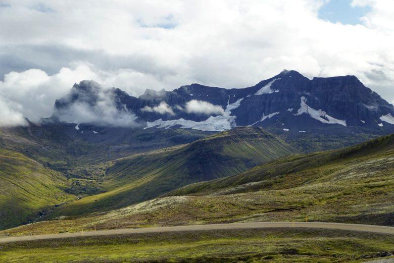 Island Bergpanorama Ostfjorde