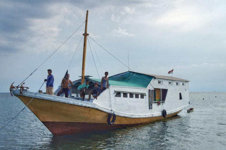 Komodo-Trip Team auf Boot