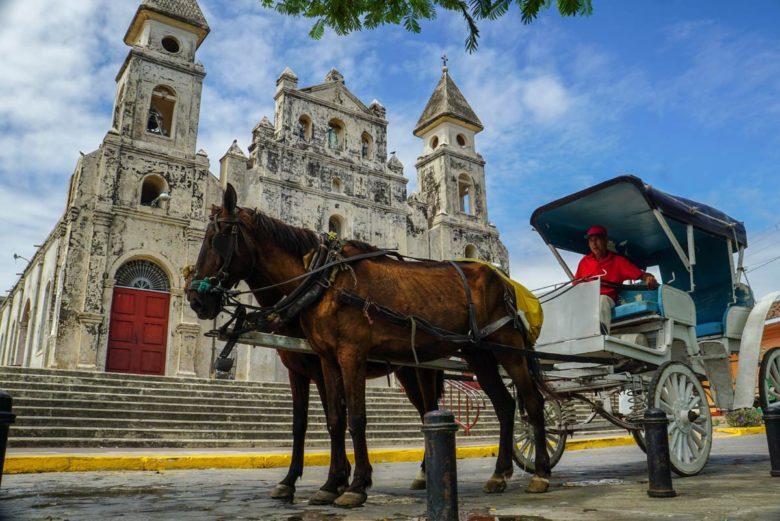 Pferdekutschen in Granada