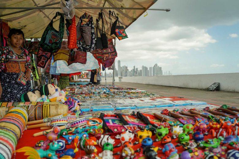Souvenirs von Kuna-Indianern Panama City
