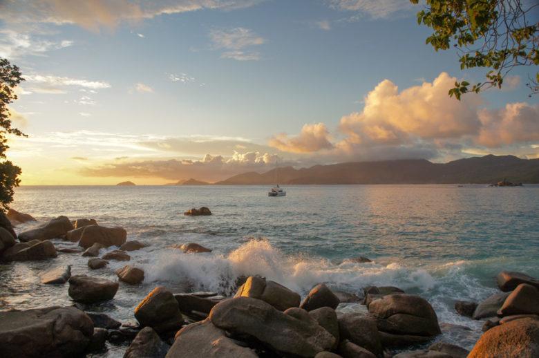 Sonnenuntergang am Anse Soleil - Mahé