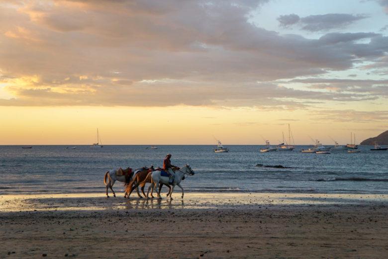 Sonnenuntergang am Tamarindo Beach