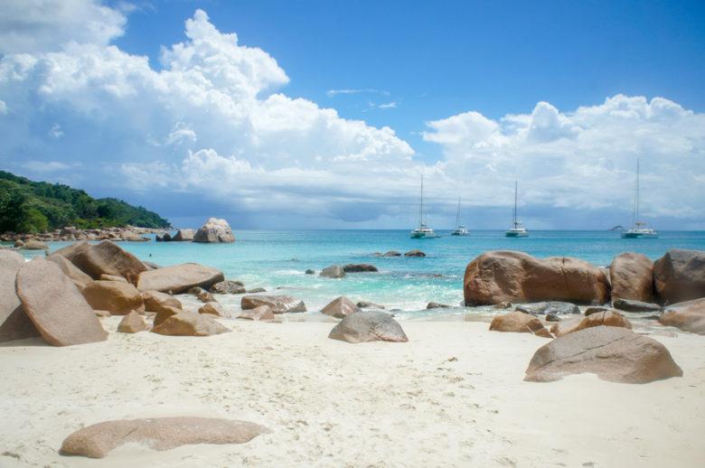 Yachten in der Anse Lazio Praslin Seychellen