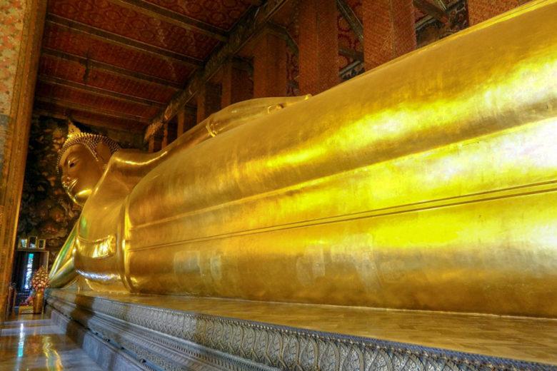 Bangkok Sehenswürdigkeiten liegender Buddha