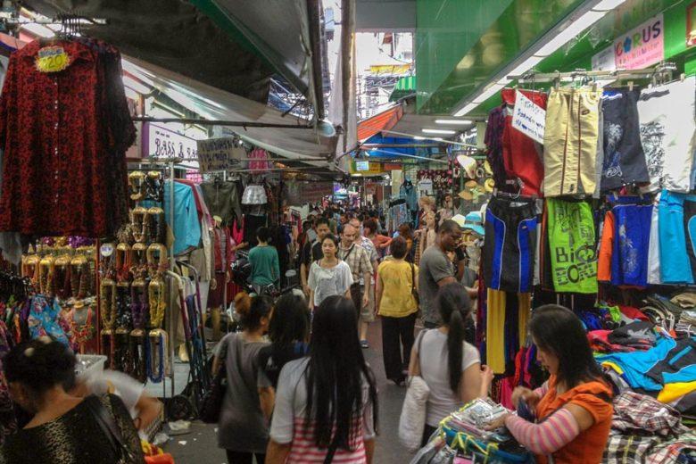 Shopping Bangkok Pratunam Market