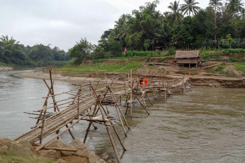 Bambusbrücke in Luang Prabang