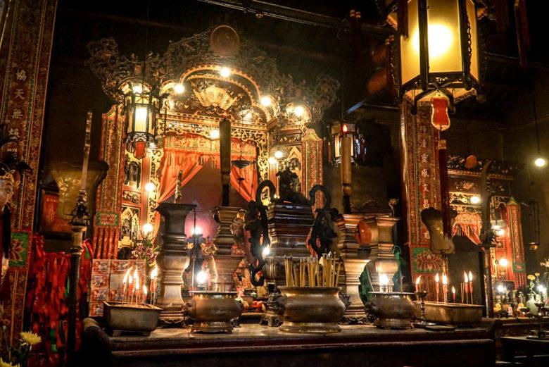 Schrein im Man Mo Tempel
