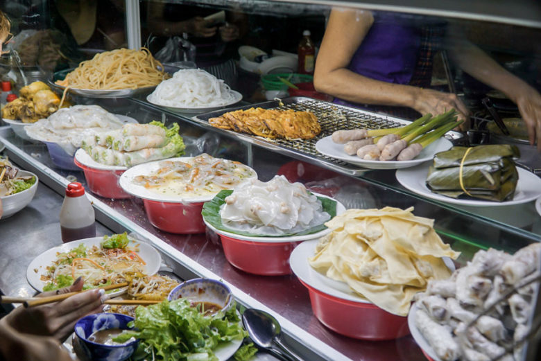 Food Market Hoi An - Mrs Hoa