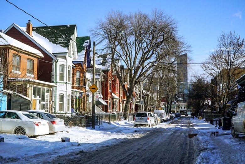 Kleine Wohnhäuser in Toronto