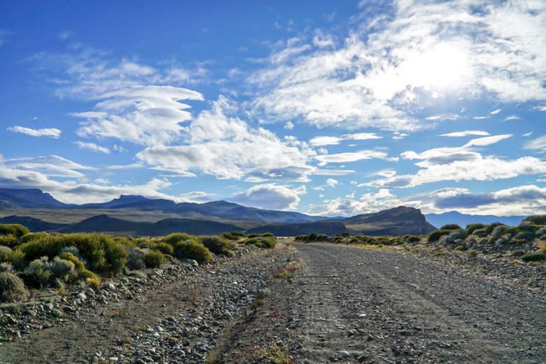 Mietwagen Patagonien buchen - Schotterstraßen