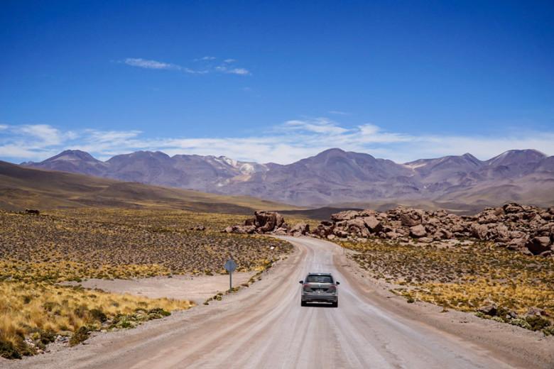 Straßen in der Atacama Wüste