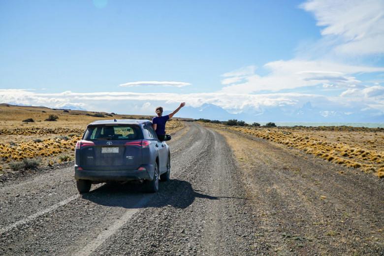 Roadtrip Route Patagonien - leere Straßen